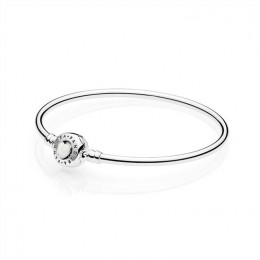 Pandora Jewelry Moments Loving Heart Clasp Silver Bangle 590746EN23